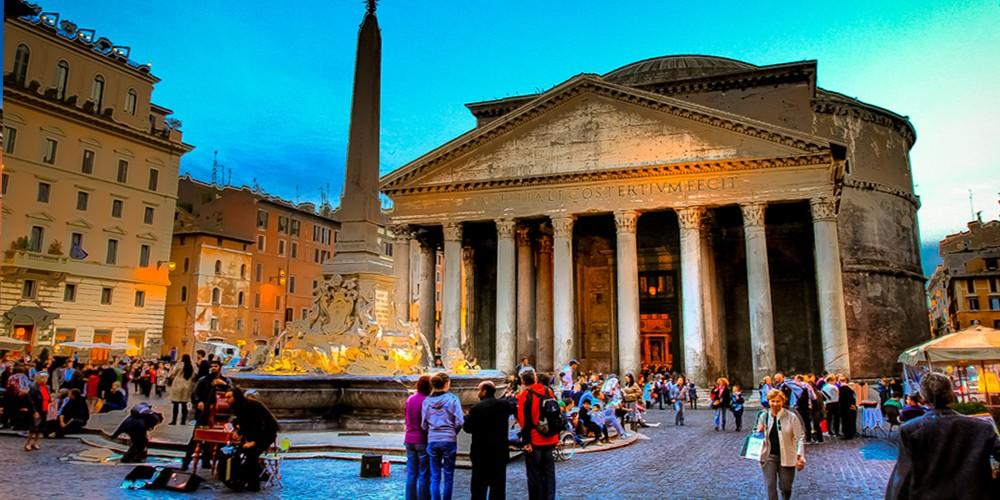 Il pantheon for Esterno pantheon