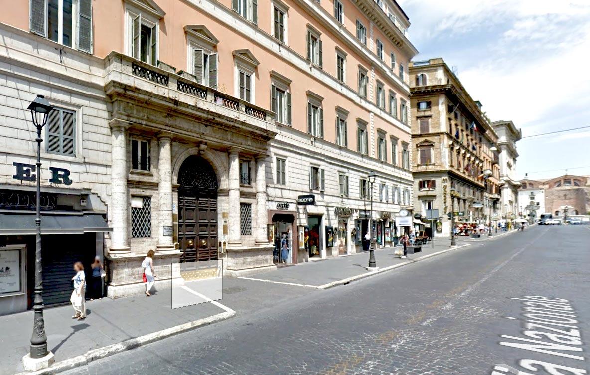 Living rome repubblica casa vacanze a roma centro for Compro casa roma centro